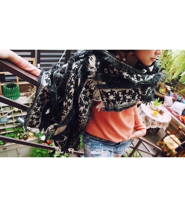 羊毛刺繡巾.楓暖 3