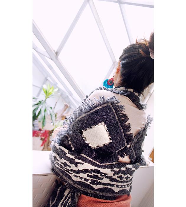 羊毛刺繡巾.灰羽 4